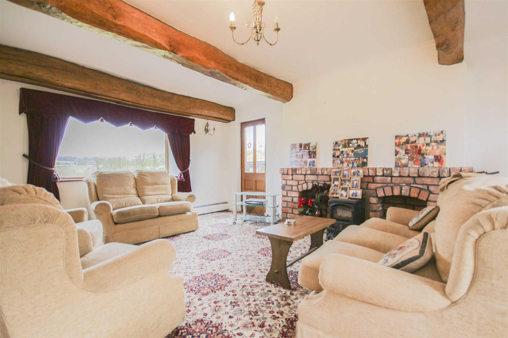 3 Bedroom Barn Conversion For Sale - Image 4